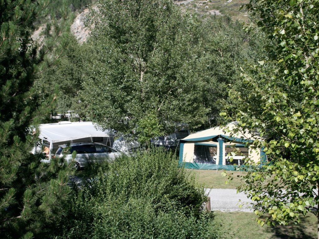 Camping Municipal Les Ecrins (l'Argentière-la-Bessée à 8 km)