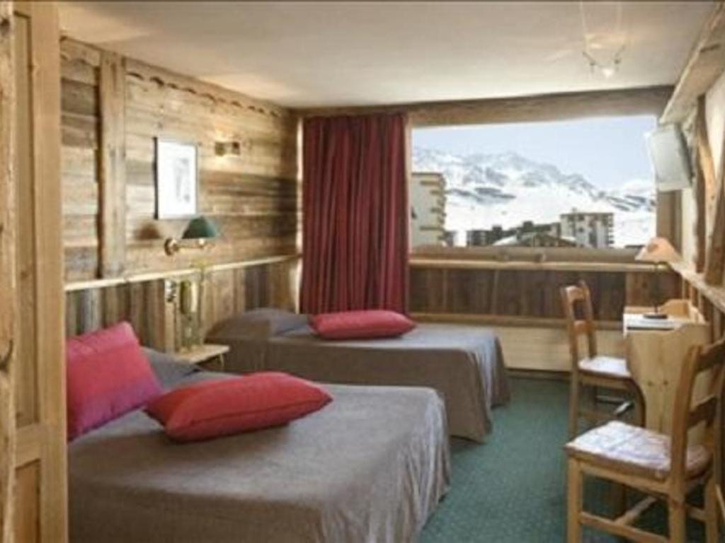 Hôtel 3 Vallées ***