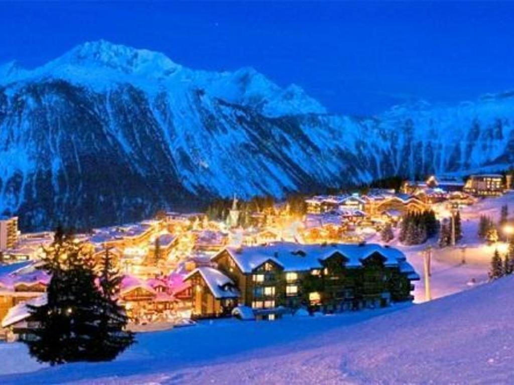 H U00f4tel Des 3 Vall U00e9es Courchevel 1850  U2605 U2605 U2605 U2605  Courchevel